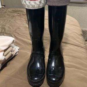 hunter boots with TWO pairs of socks